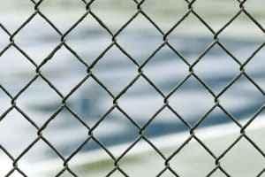 El eco de la inmigración se estrella y rebota en un muro de lamentaciones