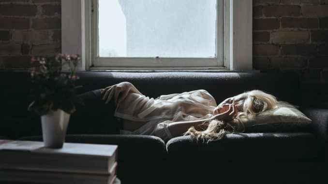 درباره زمان من فقیر و تنهایی که خراب می شود