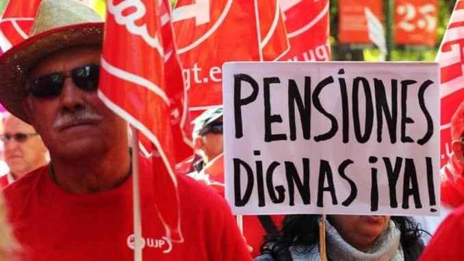 Seguridad social española: pensiones en riesgo