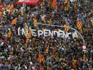 Каталония: тәуелсіздік шомылдыру рәсімі кейінге қалдырылды