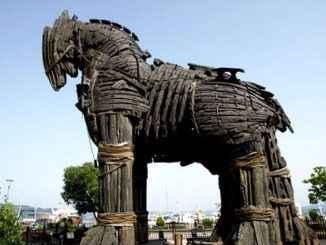 """अफ्रिकी """"ट्रोजन घोडा"""" युरोपको माध्यमबाट सवारी चलाउँछ"""
