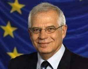 "Josep Borrell: ""Cataluña està al borde del enfrentamiento civil"""