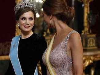 Janji pemilu tetap tanpa mempertanyakan royalti Spanyol