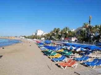 Ang mga katunggali ng touristic ng Espanya ay nakaposisyon na may mga diskwento hanggang sa 50%