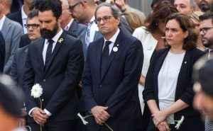 Si tuviesen vergüenza no utilizarían a los familiares de los muertos en los atentados para hacerse ver una vez más
